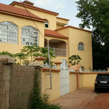 Vente villas meublees appartements villas et terrains for Villa a bamako